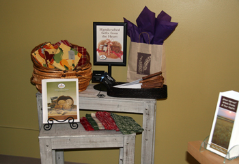 bread gifts station photo