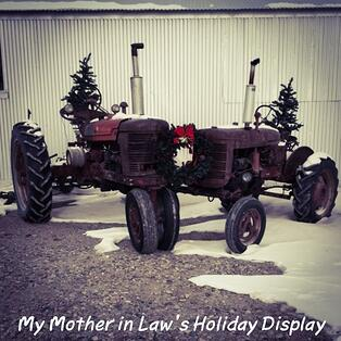 family_farm_tractor_holiday_pic_on_Montana_wheat_farm_2