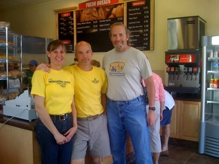 Mike_at_Mt_Pleasant_SC_Great_Harvest_opening